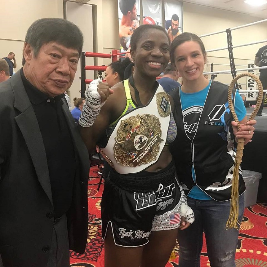 Ladies Novice Light-Middleweight Muay Thai Champion